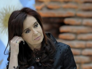 """Argentina's President Cristina Fernandez has said she will not submit the country to """"extortion"""", as US judges ruled it should pay more than $15bn back to creditors"""
