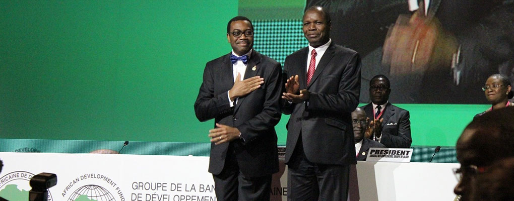 Akinwumi Adesina (l), Nigeria's Minister of Agriculture and Rural Development, after being elected as eighth president of the African Development Bank