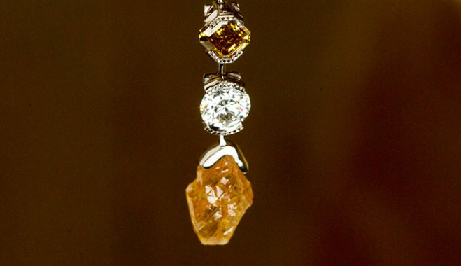 De Beers Cuts Diamond Prices To Weather Rocky Market