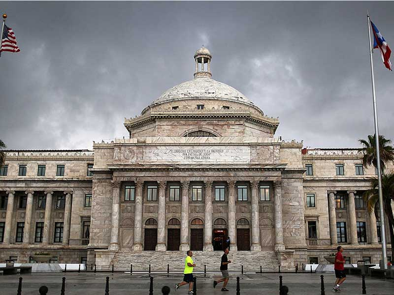 Puerto Rico agrees debt-restructuring plan