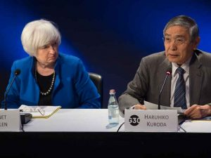 Janet Yellen and Haruhiko Kuroda at the G30 banking seminar in Washington