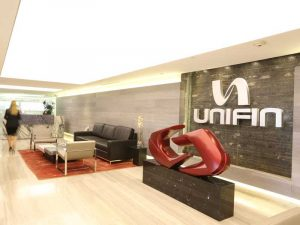 A leading independent leasing company, Unifin's main business is operating leasing for different types of machinery and equipment, transportation vehicles and other assets