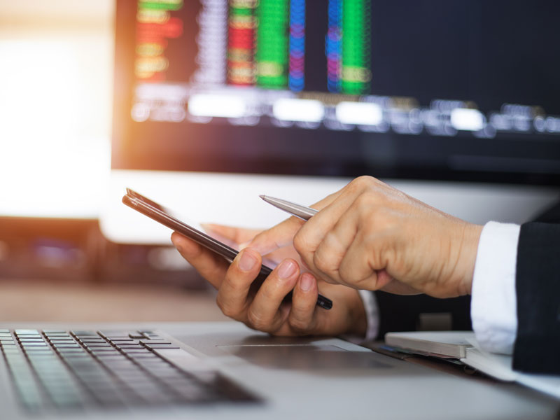 The company maintains a steadfast commitment to the straight-through processing trading model, which allows brokers to offer more transparent and reliable trades